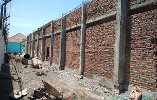 Tata Cara Memasang Dinding Bata yang Rapi dan Kokoh